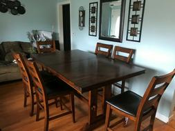 Dinning room set: Brings a total of 6 chairs and a table ext