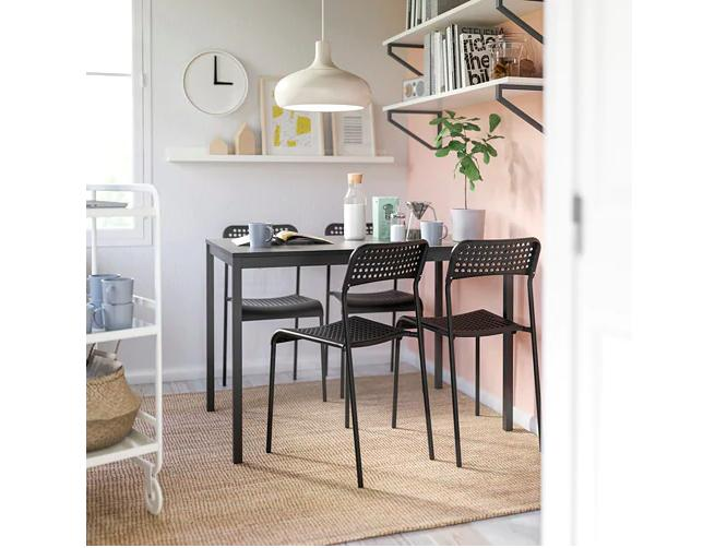 Table and Kitchen table for 4 Persons !